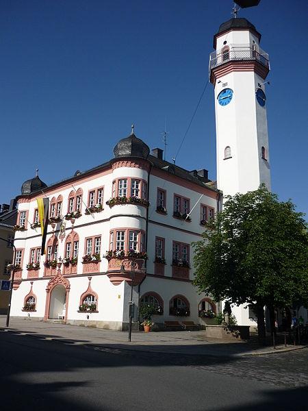 450px-Rathhaus-in-Hof
